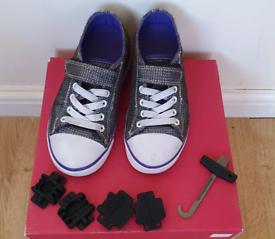 Heelys girls size 12 hook plugs shoes wheels trainers wheeled heelies