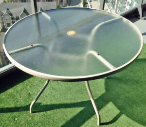 Round Tempered Glass Metal Patio Table, 42-Inch