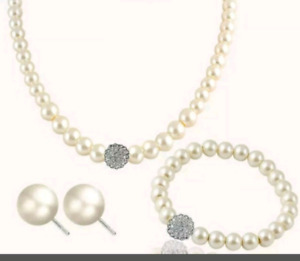 Pearl Earrings, Necklace and Bracelet Set! Brand NEW!!  $20 OBO