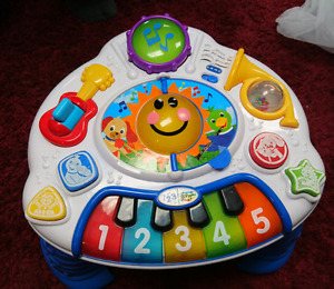 Baby Einstein music table