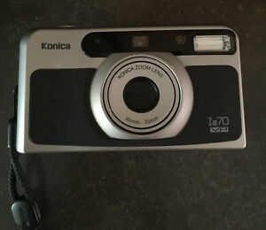 Konica zoom lens 35 mm-70mm camera