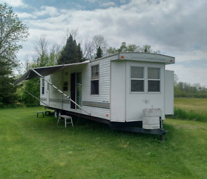 Canadian Country Cottage trailer for sale