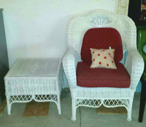 Wicker arm chair and side table