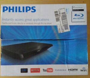 Phillips Blue Ray DVD player HDMI and WiFi compatible like new