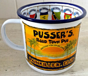 "Vintage. Collection. Tasse en fer émaillé ""Pusser's Navy Rum"""