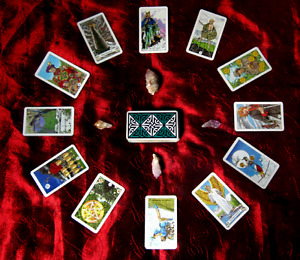 Tarot and Oracle Readings :)