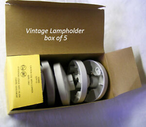 Vintage urea Lamp holder, rated to 660W 250V CSA & UL, new