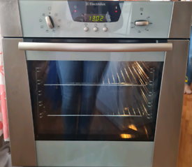 Electrolux single electric oven built-in silver 60cm