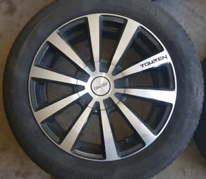 Set of 4 Continental tires with alloy rims