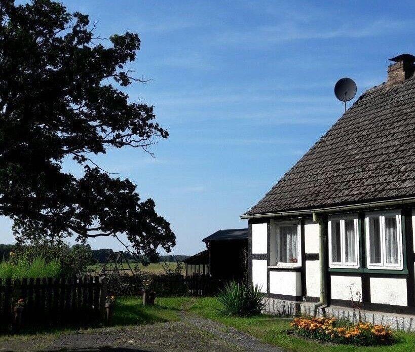 Geniales Grundstück mit Einfamilienhaus, Wald und Garten