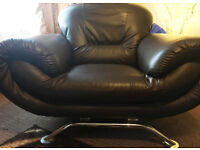 Leather brown arm chair very good condition!!!