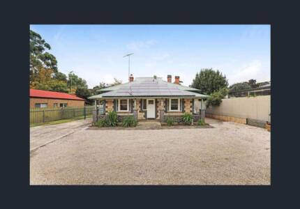3 Bedroom 1920's Stone Cottage located on Main Street Lobethal