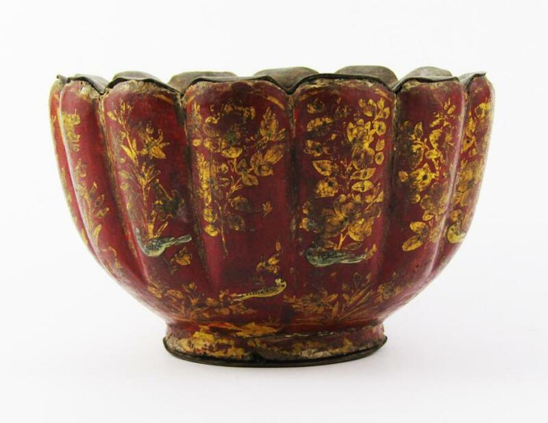 Rare MUGHAL INDIAN LACQUERED WOOD BOWL c1700