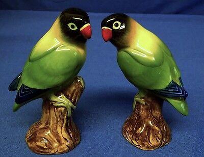 QUAIL CERAMIC BLACK HEADED LOVE BIRDS SALT & PEPPER POTS CONDIMENT OR CRUET SET