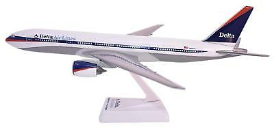 Flight Miniatures Delta Airlines Boeing 777-200 Desk Top 1/200 Model Airplane