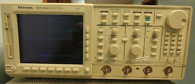 Tektronix Tds644a Digitizing Oscilloscope - 500mhz 2gsas 4 Ch Opt 131f2f