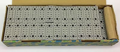 Phoenix 2716062 G56 Device Terminal Block 6-position Box Of 50 New In Box
