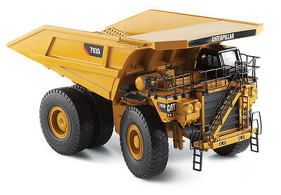Norscot 55174 Cat Caterpillar 793D Off Highway Truck 1:50 DieCast Model
