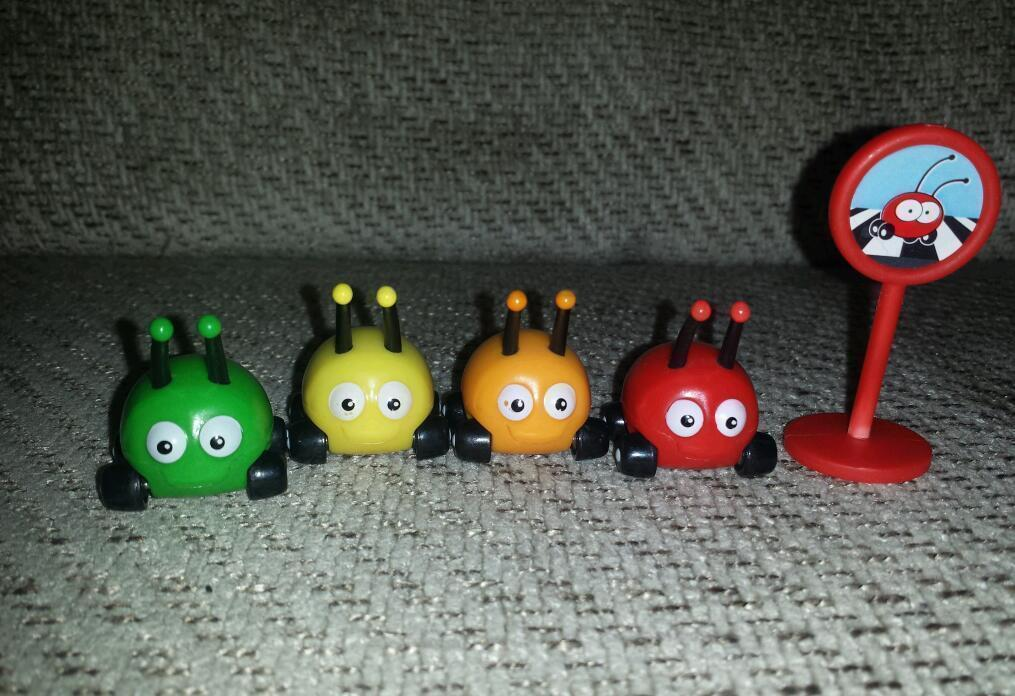 Disney Jnr Jungle Junction Beetle Bugs X 4 With Road Sign