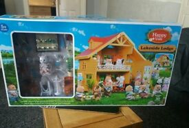 DOLLS HOUSE HAPPY VALE LAKESIDE LODGE OVER 30 ACCESSORIES
