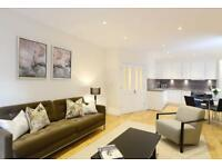 3 bedroom flat in Hamlet Gardens, W6