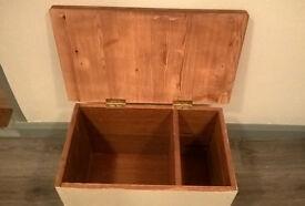 Solid little storage box - shabby chic