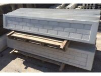 Concreet Gravel boards brick face