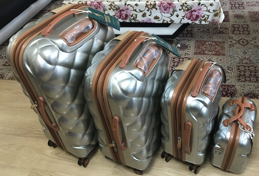 4d026bc9e it luggage set of four Silver suitcases and ladies vanity bag | in Harrow  ...