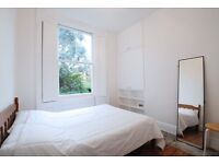 Gorgeous 1 bedroom apartment situated on popular Bouverie Road in Stoke Newington N16**