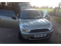 1 lady owner From new , genuine 22,700 mileage, full service history, Very good condition