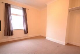SLOUGH- (3 Bed House)-3 Bedroom, 2 Receptions, 2 Family Bathrooms Available for RENT