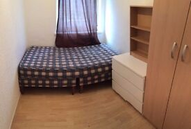 GREAT SINGLE ROOM MILE END! 130PW! AVAILABLE NOW!