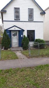 2 Bedroom + Den House on Inkster Available
