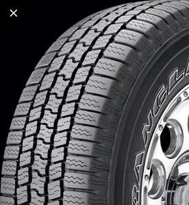 AUBAINE!!!! valeur 1200$ demande 900$ Goodyear Wrangler tire