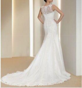 Spanish designer lace wedding dress, size 10