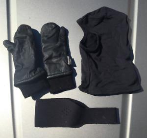 quit d'hiver (cagoule, cache-oreille,gants d'hiver)