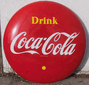 BUYING; Coca-Cola Collectibles. Signs Trays, Machines, Calendars