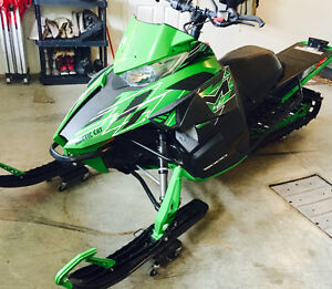*MUST SEE* 2015 Arctic cat M 6000 Snow Pro Prince George British Columbia image 2