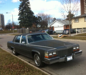 1988 Cadillac Brougham Fleetwood 90036 KMS REDUCED TO $3900