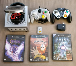 Nintendo Gamecube and Pokémon XD Bundle