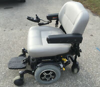 Quantum 6000Z HD power wheelchair with group 24 batteries. $500