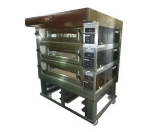 Deck Oven - Moretti Forni - Triple stone deck oven
