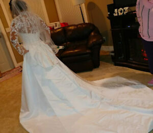 Wedding gown for 450