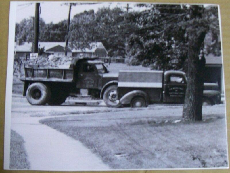 Sterling, Ford 1940 - 1941 Truck Photo