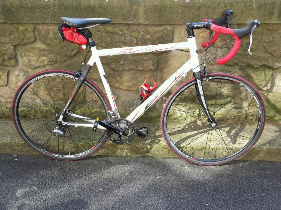 Bh Contour Carbon Road Bike 2x10 Gears Large Frame In Royal Mile