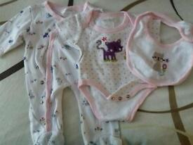 0-3 months baby sleepsuits