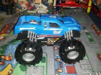 Large monster truck rrp £ 25
