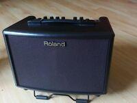 Roland AC-33 Rosewood Acoustic Chorus Combo portable guitar amp