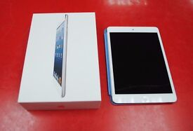 Apple iPad 1 64GB White/Silver WiFi 4G Unlocked Boxed with Case £130