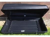 CAR ROOF BOX GREAT CONDITION AUTOPLAS (HALFORDS) 350L